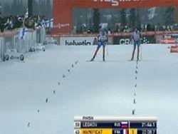 Легков одержал победу в гонке на 10 км свободным стилем
