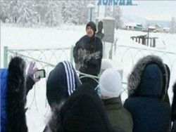 Британский певец исполнил песни на 30-градусном морозе
