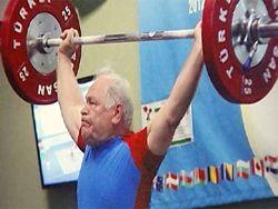 75-летний Вишняков из Липецка – самый сильный дедушка на планете