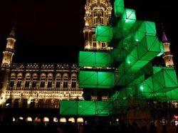 Бельгийцы подписали петицию против хайтек-елки