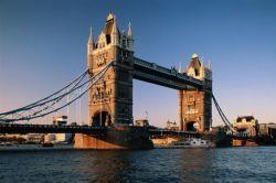 В миллиарды фунтов обойдутся Британии удостоверения личности