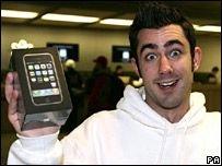 В Британии начались продажи iPhone