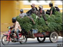Камбоджийский премьер Хун Сен объявил войну лихачам на дорогах