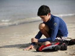 """10-летний Орен Альмог, ослепший в теракте, принес Израилю \""""бронзу\"""" чемпионата мира по яхтингу"""