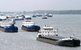 Из-за ухудшения погоды 50 судов выводят из порта Кавказ