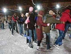 На главных площадях Москвы зимой откроются ледовые катки