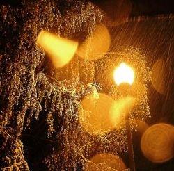 Непогода в Европе: ураганный ветер в Греции, снегопад в Австрии
