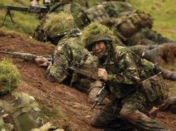 В британской армии введут трехлетние отпуска