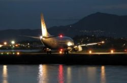 Экипаж лайнера с сотней пассажиров на борту заснул во время рейса: подробности инцидента в США трехлетней давности