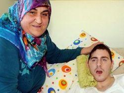 Турецкая семья спасает русского парня
