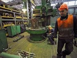 Российская промышленность устойчиво катится вниз