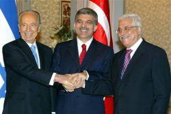 Шимон Перес - первый в истории глава Государства Израиль, который выступит в стенах парламента мусульманской страны