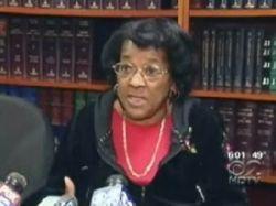Пожилая американка Мирна Джонс подала в суд на казино Empire City, что ее раздели во время обыска