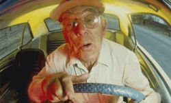 Пожилой немец забыл свой автомобиль на заправке