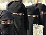 """Президент Чечни Рамзан Кадыров запретил европейские платья и создает \""""национальную\"""" моду"""