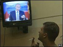 В российском телеэфире доминирует Владимир Путин