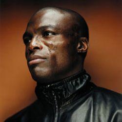 Певец Seal выпустил пятый студийный альбом под названием «System»