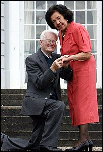 93-летний британец Джеймс Мэйсон женится на 84-летней Пегги Кларк