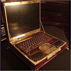 Уникальный ноутбук в стиле стимпанк от дизайнера Ричарда Нейджи