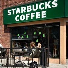 Кофейни Starbucks пали под натиском экономического кризиса