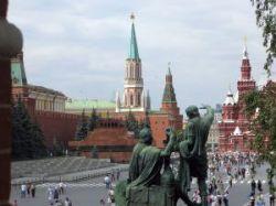 Число иностранных туристов, посетивших Россию в 2007 году, сократилось на 400 тысяч