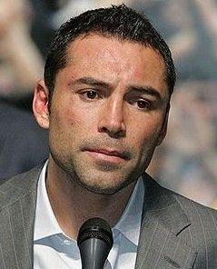 Против боксера Оскара де ла Хойя подан иск на $100 млн