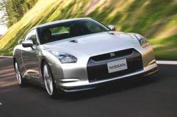 Очередь на Nissan GT-R уже свыше 2 200 человек