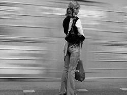 Где в метро стоять безопаснее всего?