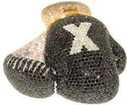 Самые дорогие боксерские перчатки в мире - бриллиантовые