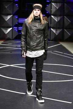 Diesel  запускает новую линию альтернативной одежды Black Gold