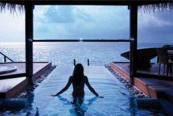 Эксклюзивный мальдивский курорт Huvafen Fushi удостоен награды World Travel Awards