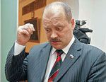 Лидер бывшей Партии Пенсионеров Игорь Зотов выявил 10 тысяч чиновников, виновных в развале России