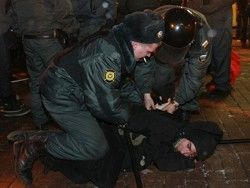 Новость на Newsland: Полиция разгонит фанатов и митингующих мощными электрошокером