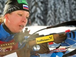 Новость на Newsland: Россиянка выиграла три золота на юниорском ЧМ по биатлону