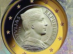 Новость на Newsland: Трудный путь к латвийскому евро