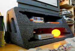 Тумба из коробки из под телевизора от дизайнера Tom Ballhatchet (видео)