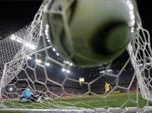 ФИФА опробует новую систему фиксирования голов: электронный мяч в электронные ворота