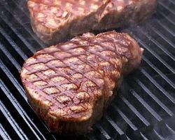 Употребление говядины - одна из причин мужского бесплодия