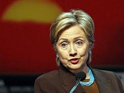 Хиллари Клинтон: Клинтонам приходится убирать за Бушами