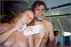 Эротические маркетинговые решения авиакомпании «Ryanair» (фото)