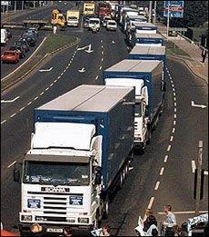 ФТС готова отменять автомобильные пробки на границе для добросовестных импортеров
