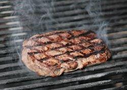 Употребление мяса увеличивает риск онкологических заболеваний