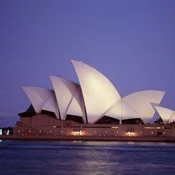 Визу в Австралию будут делать больше месяца