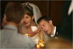 Самые забавные свадебные моменты (фото)