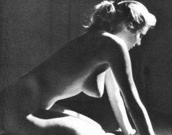 Эротические фотографии 50-х годов актрисы Аниты Экберг (Anita Ekberg) (фото)