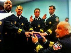 Американские пожарные присягнули на iPad