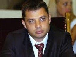 Жители болгарской столицы закидали снежками министра энергетики