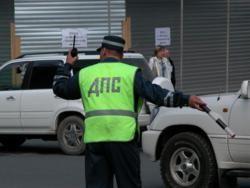 Угонщики украли машину с хозяином в багажнике