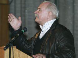 Михалков подал иски против Panasonic и Nokia