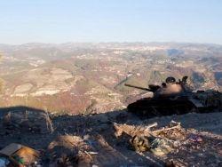 Сирийские повстанцы захватили базу ВВС Асада